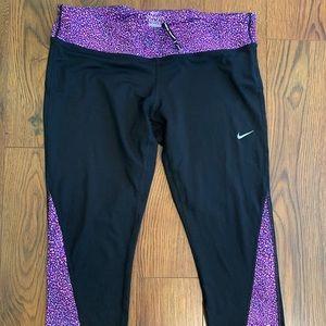 Nike crop leggings
